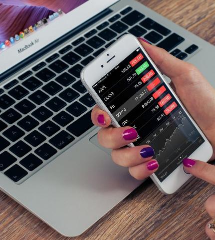 Application trading : comment trouver l'équivalent d'une plateforme de trading en ligne sur application mobile ?